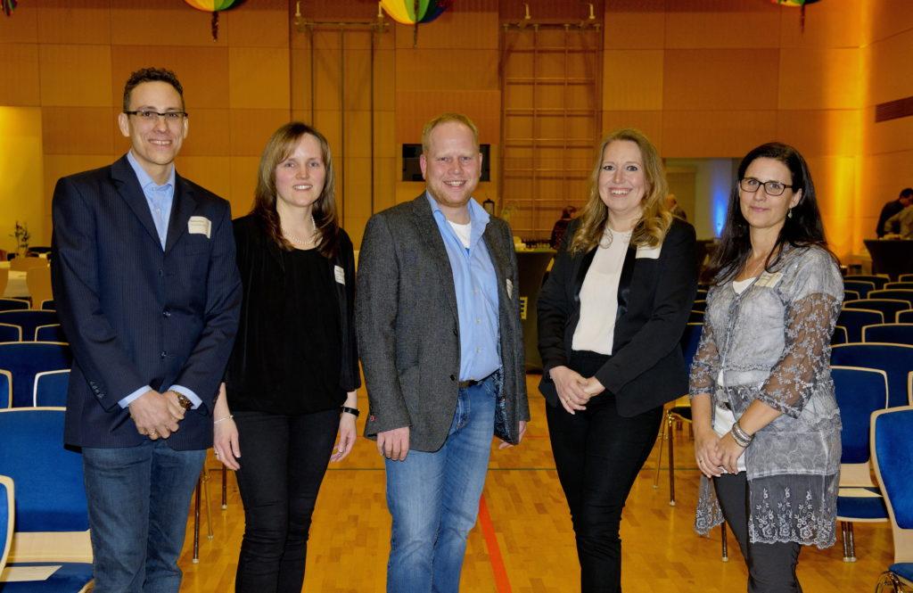 Das Organisationsteam des Neujahresempfang 2018. Von links: Mathias Föller , Anja Raab, Hendrik Wehner vom Gewerbeverein . Melanie Engel und Kerstin Klüber von der Gemeinde.